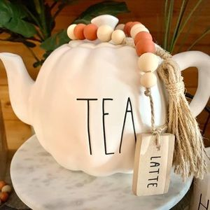 Rae Dunn Pumpkin Tea Pot!